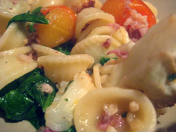 Pasta with Roasted Cauliflower and Prosciutto « Brix Picks